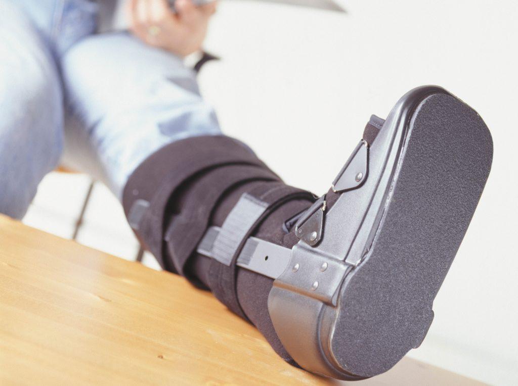 Деротационный сапожок при переломе шейки бедра: удобно, надёжно ...